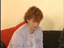 Die rothaarige Oma bekommt 2 Latten - Herrlicher Retro Fick